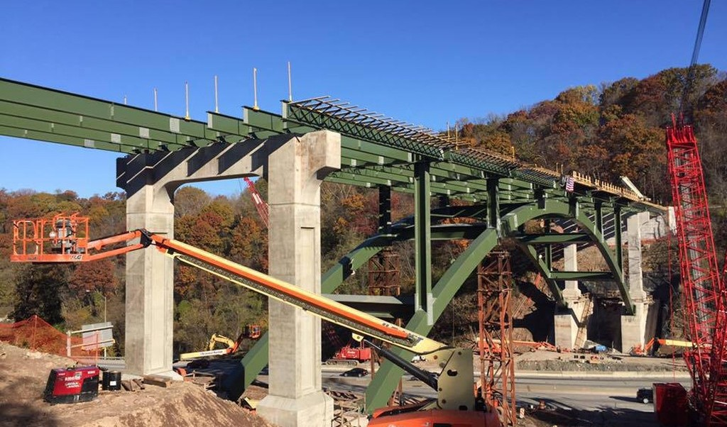 The new Greenfield Bridge as of 13 Nov 2016 (photo by Patrick Hassett)